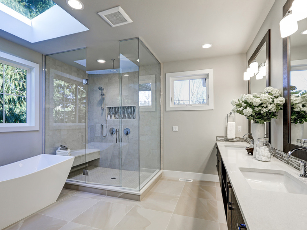 Four things to think about before your glass shower door installation